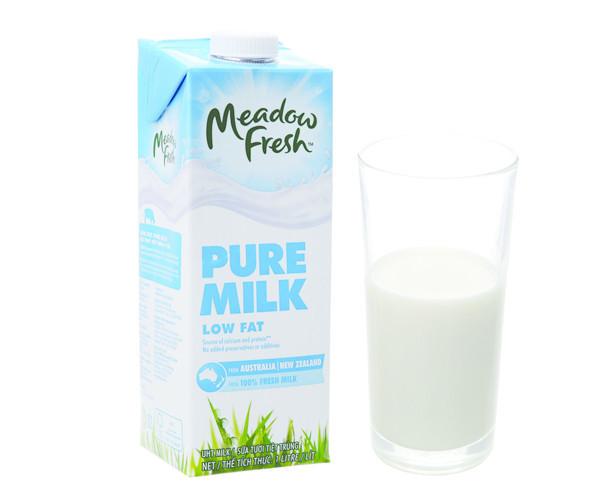 Sữa Tươi Tiệt Trùng Ít Béo Meadow Fresh - 50.000đ