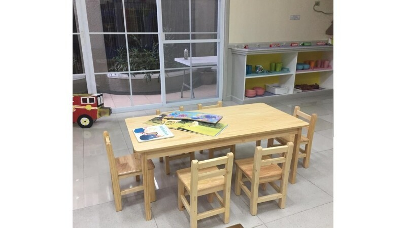 HAPPY KIDDOS LARGE SOLID WOOD STUDY TABLE