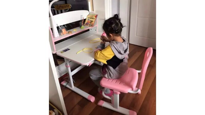 CHILDREN'S STUDY TABLE SET WITH CHAIR DRAWER AND TOUCH LAMP